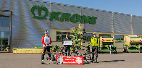 Krone donates €10,000 in support of charity bike tour