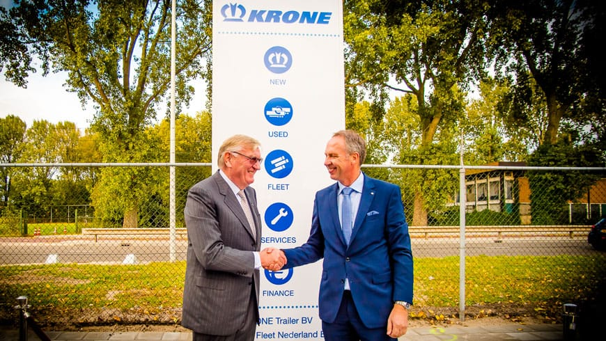 Dr Bernard Krone (r) and Andre Menzing from Team Krone Trailer BV (l)