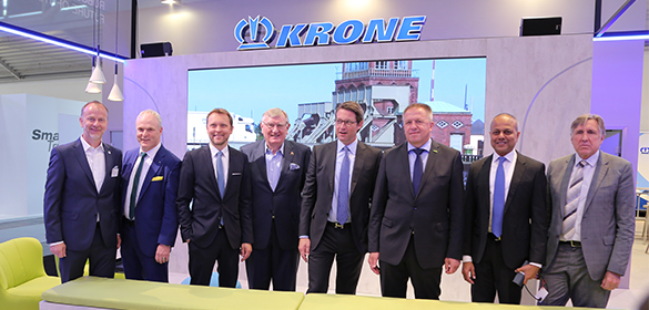 Transport logistic officially opened: Federal Minister of Transport Andreas Scheuer visits KRONE